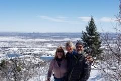 wandern in den Bergen vor Denvers Skyline