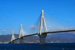 die spektakuläre Brücke auf die Peloponnes