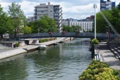 lebenswertes Wohnviertel mit viel Grün und Wasser