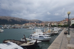 Hafen in Baska