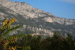 Monastir Ostrog hochoben in der Felswand