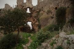 Kraxelei in einer verfallenen Festung