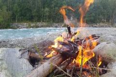 Abendstimmung am Lagerfeuer