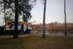 unser Stellplatz direkt am Suwannee River