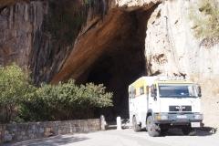 der Dicke vor der Grotta di San Giovanni